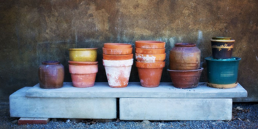 Empty garden pots stacked