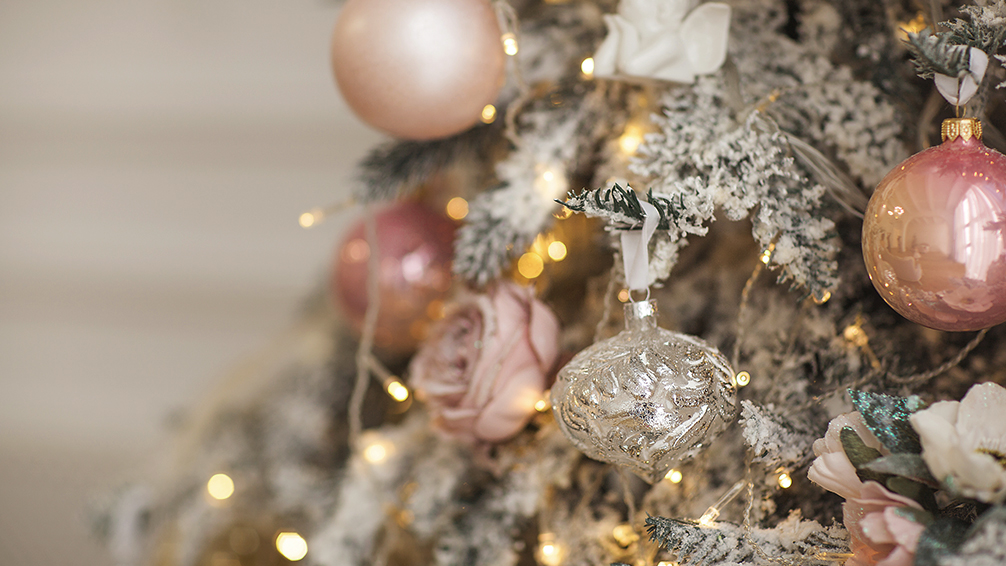 the-best-christmas-trees-in-houston-rose-gold