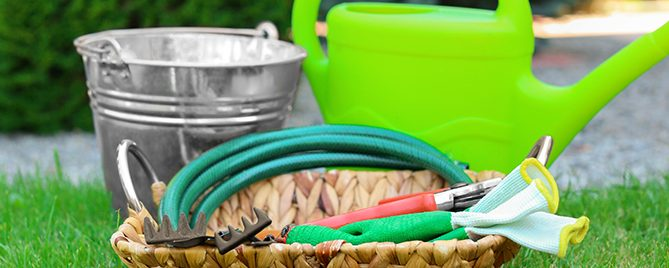 DIY-irrigation-systems-PFAS-hose-bucket-can-header