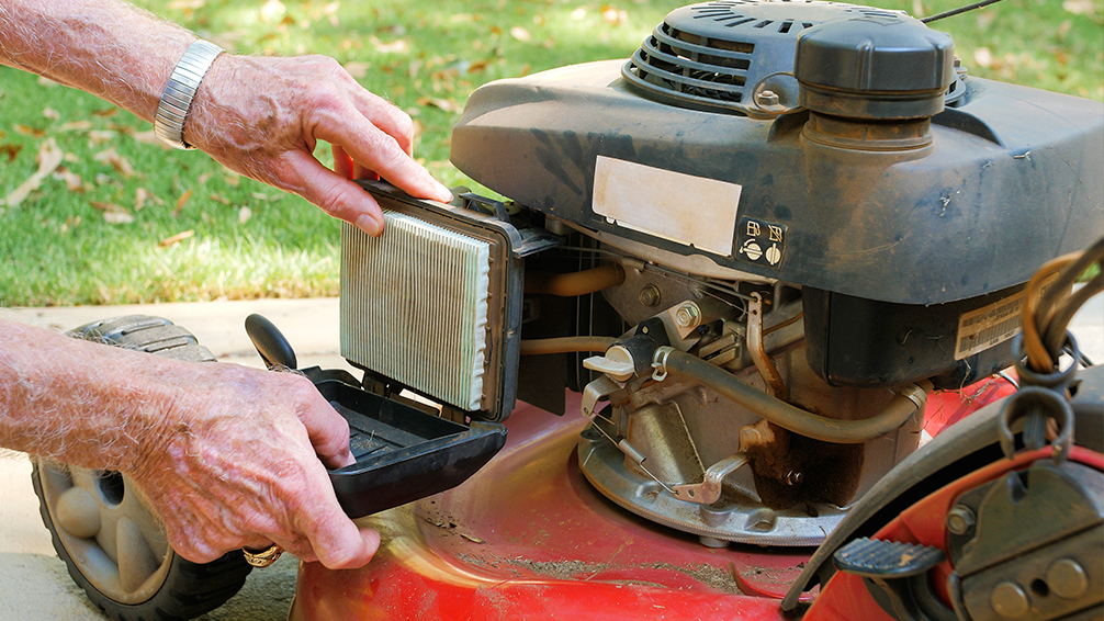 lawnmower-tune-up-pfas-air-filter
